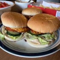 Grilled Spicy Chicken Burgers