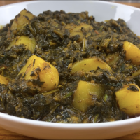Spinach and Potato Curry/Saag Aloo